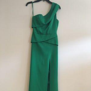 Dresses & Skirts - BCBGMAXAZRIA BEAUTIFUL DRESS